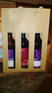 aff et photo Trio des vins Les Cabas de térésa (2)